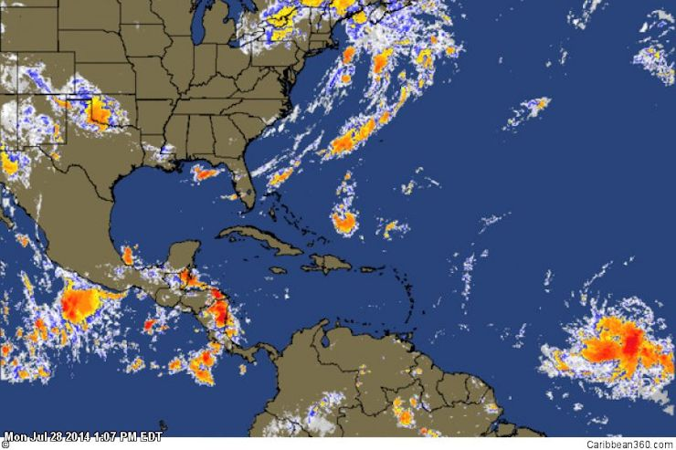 Large tropical wave forms in the Atlantic 6