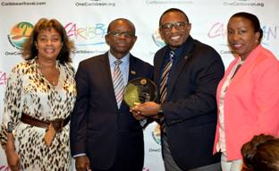 Antigua and Barbuda receives Top Awards at Caribbean Week 2015