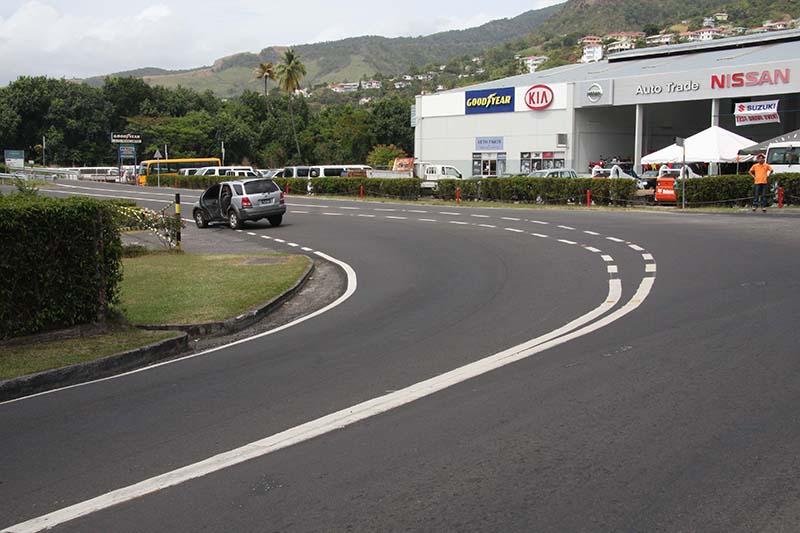 West_Coast_Road-dominica