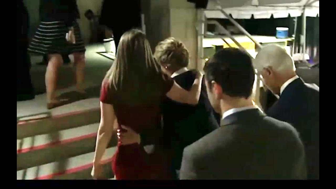 Chelsea Helps Hillary Up the Stairs before Presidential Debate! 10/9/16 10