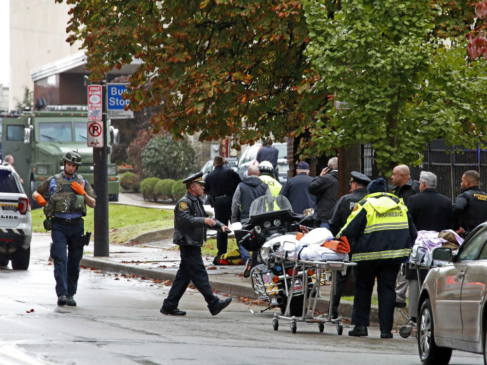 At least 11 dead in shooting at Pittsburgh synagogue