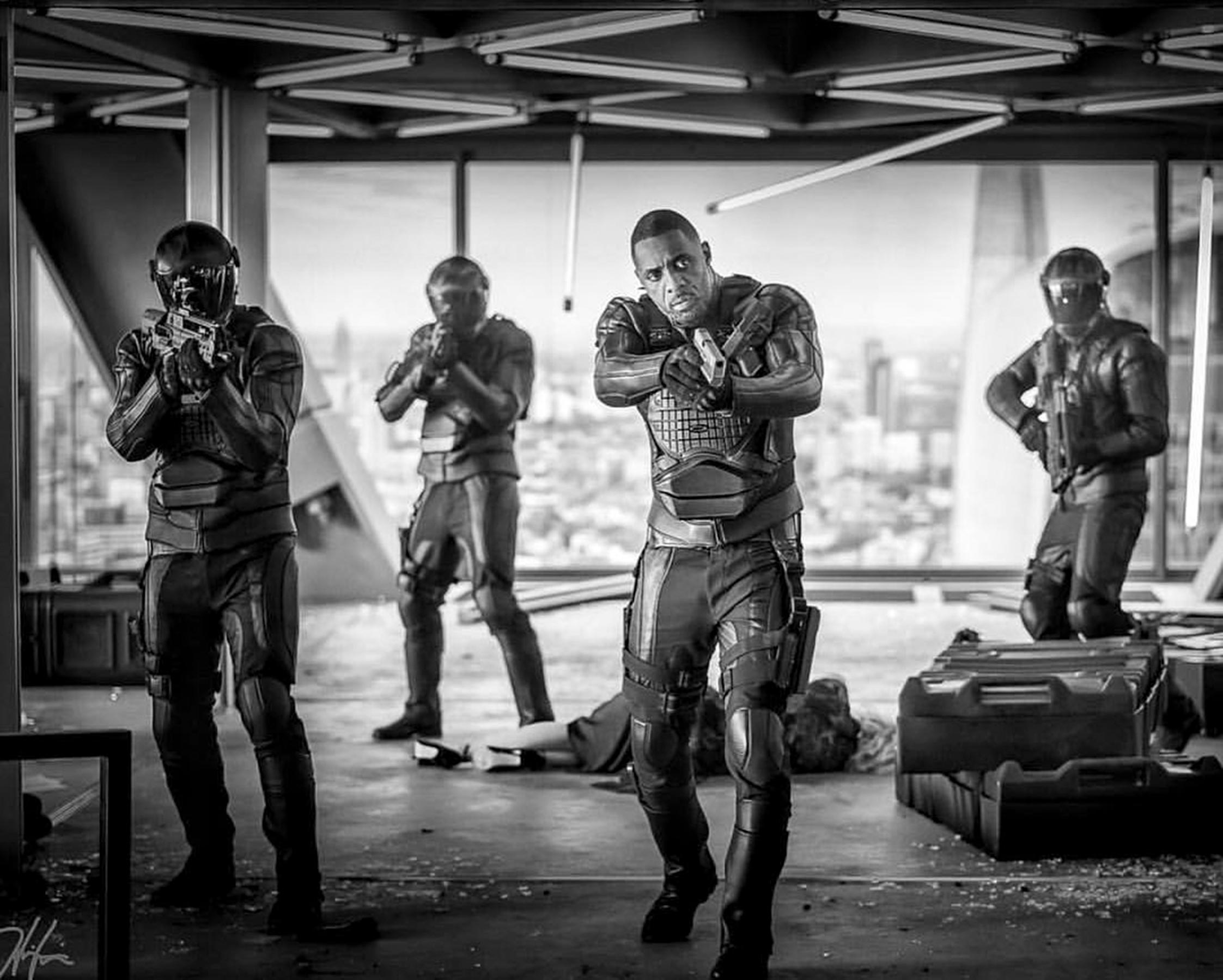 Jason Statham hypes up funnier-than-expected <em>Hobbs & Shaw</em>, Idris Elbas electric villain 6