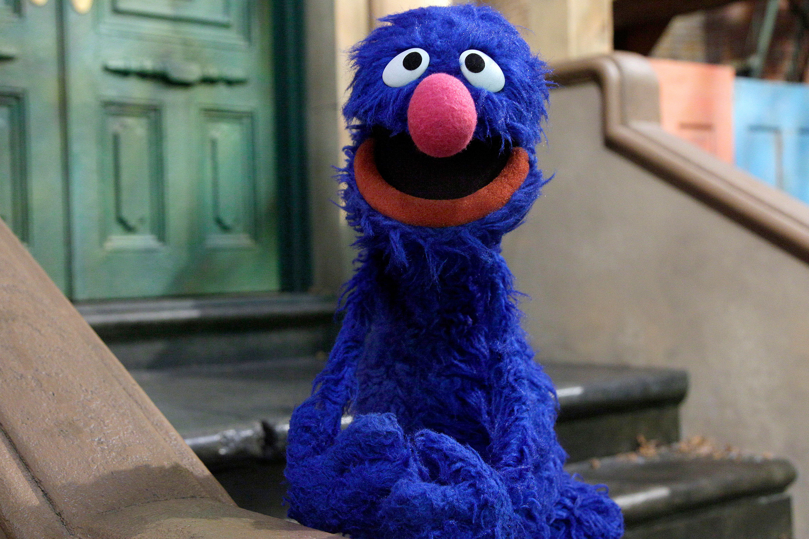 Sesame Street fans convinced Grover just dropped an f-bomb 10