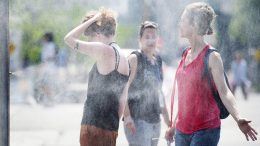 Heat warnings issued in parts of eastern, central Canada 1