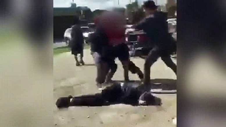 Teens sentenced after vicious attack at high school in Windsor, Ont. 1