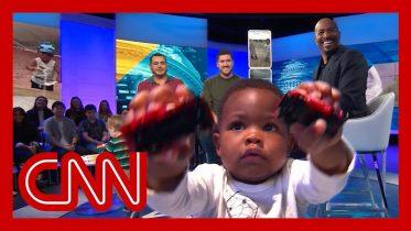 CNN's Van Jones meets viral hugging toddlers 6