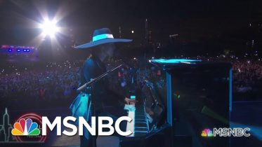 Alicia Keys Performs 'Empire State Of Mind'   MSNBC 6