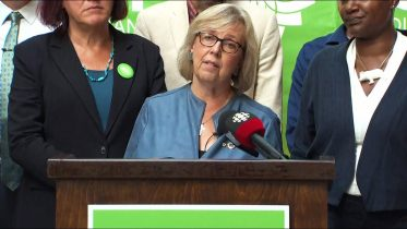 'Career politicians are not healthy in our democracy' warns Elizabeth May 5
