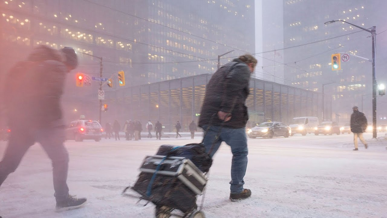 Canadians can expect a 'long, cold and snowy' winter: Weather Network forecast 5