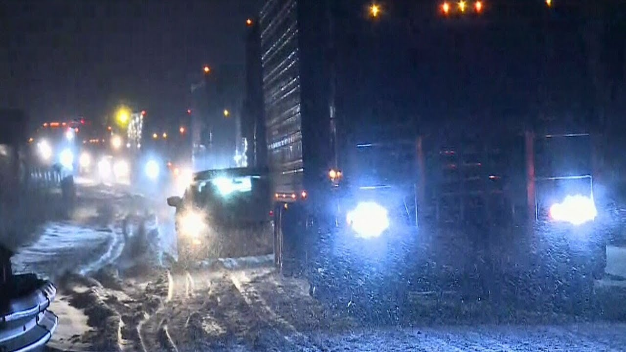 One person dead after massive 30-car pileup on Ontario highway 3