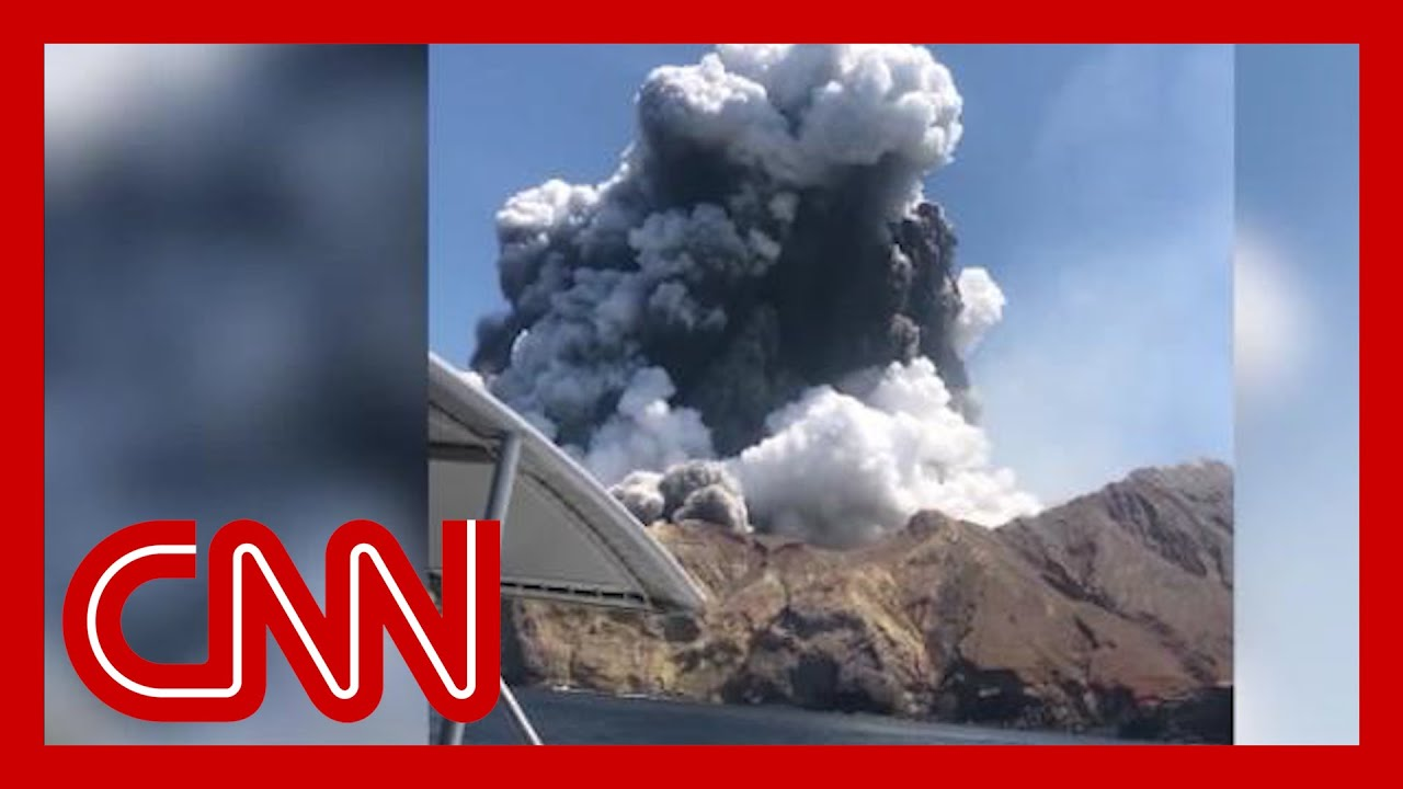 Tour boat turned around to rescue volcano victims 4